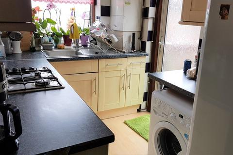 2 bedroom flat for sale - Colin Parade, Colindale