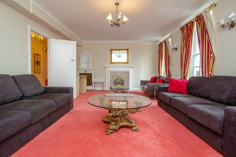 4 bedroom flat to rent - Clarewood Court, Seymour Place, London, W1H