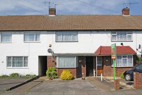 2 bedroom terraced house to rent - Stuart Way, STAINES, Surrey