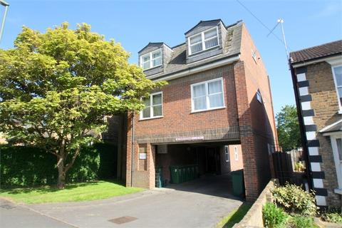 1 bedroom detached house to rent - Flat 3, Bossington Court, 101 Gresham Road, STAINES-UPON-THAMES, Surrey