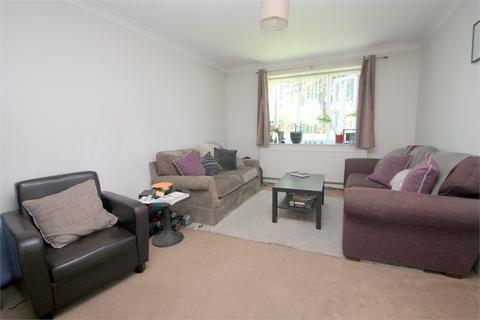 2 bedroom flat to rent - 213 Laleham Road, Staines-upon-Thames, Surrey