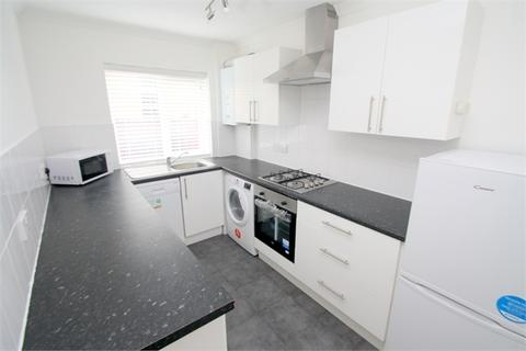 2 bedroom end of terrace house to rent - Kingston Road, STAINES, Surrey