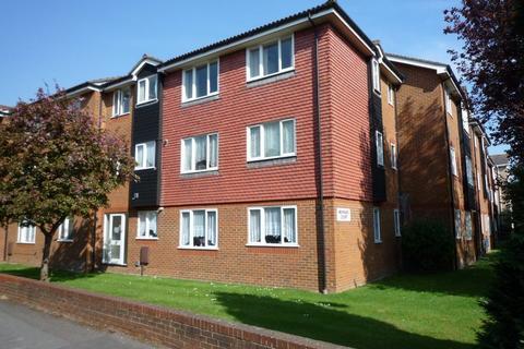 1 bedroom flat to rent - Rosefield Road, STAINES, Surrey