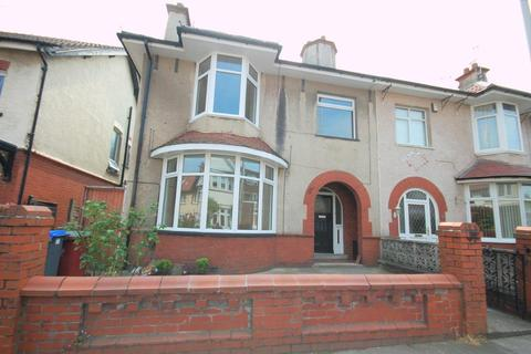 3 bedroom semi-detached house to rent - Breck Road, Blackpool FY3