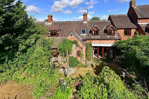4 bedroom link detached house for sale - Old Smithy, High Street, Pattingham, Wolverhampton, WV6