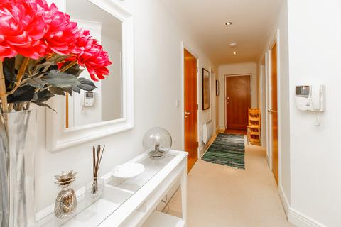 3 bedroom serviced apartment to rent - Elizabeth Jennings Way , Summertown, Oxford  OX2