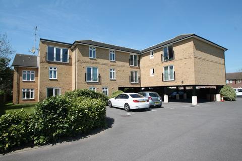 2 bedroom flat for sale - Ashcombe Court, London Road, Ashford, TW15