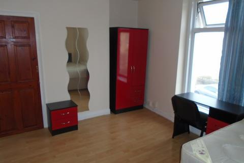 1 bedroom terraced house to rent - Mansel Street, Swansea, City And County of Swansea. SA1 5TZ