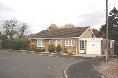 2 bedroom detached bungalow to rent - Conway Drive, North Hykeham, Lincoln, Lincolnshire, LN6