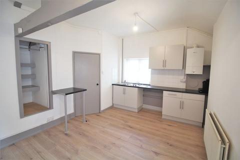 Studio to rent - Berwyn Street, Llangollen