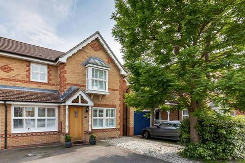 3 bedroom semi-detached house for sale - Siskin Road, Southsea
