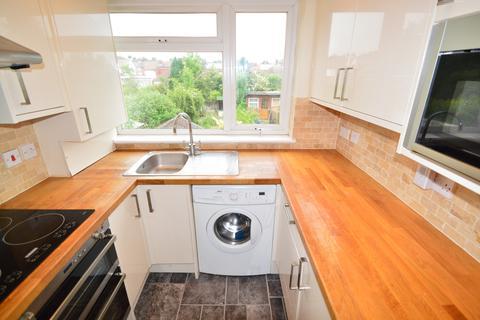 2 bedroom maisonette to rent - Maylands Drive,  Sidcup, DA14