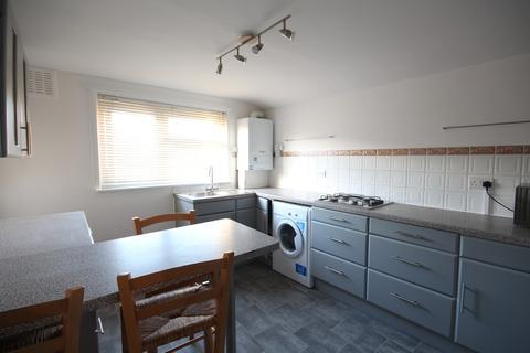 3 bedroom apartment to rent - Lorne Road, Stroud Green
