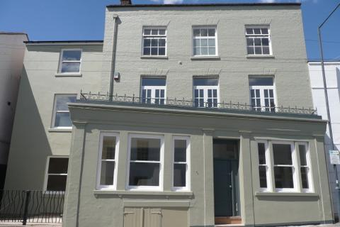 5 bedroom flat to rent - First Floor, Willoughby, 12 Augusta Place, Leamington Spa