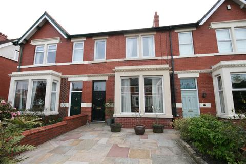 4 bedroom terraced house for sale - Mythop Road, Lytham