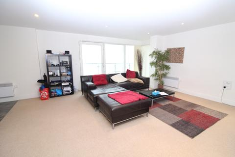 2 bedroom apartment to rent - Meridian Bay, Swansea SA1