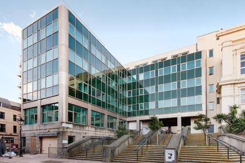 2 bedroom penthouse to rent - Bartholomew Square, Brighton