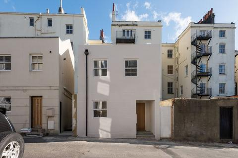 1 bedroom detached house for sale - Farm Road, Hove