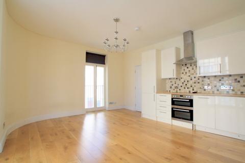 3 bedroom maisonette to rent - Western Road, Hove