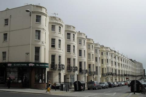 2 bedroom ground floor flat to rent - Lansdowne Place, Hove