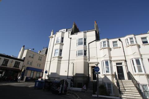 5 bedroom terraced house to rent - Clarence Square, Brighton