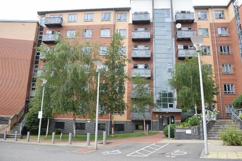 2 bedroom apartment to rent - Priory Heights