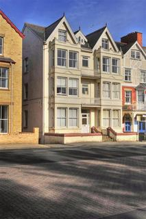 1 bedroom flat for sale - 8 The Central, High Street, Llandrindod Wells, LD1 6AG