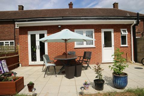 2 bedroom flat to rent - Wexham, Slough