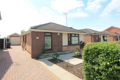 2 bedroom detached bungalow for sale - Runnells Lane, Thornton, Merseyside