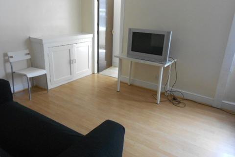 5 bedroom terraced house to rent - Raven Road, Headingley, Five Bed, Leeds