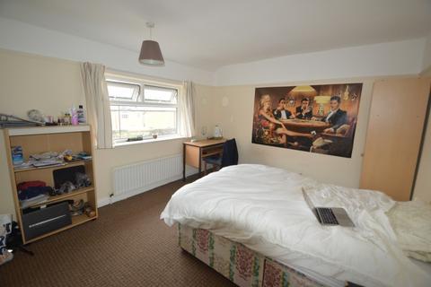4 bedroom semi-detached house to rent - Chapel Lane, Headingley, Four Bed, Leeds
