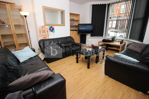 7 bedroom property to rent - Ebberston Terrace, Hyde Park, Seven Bed, Leeds