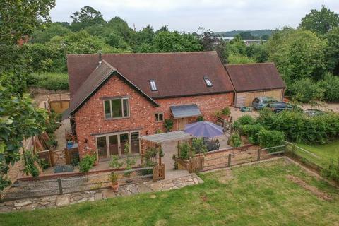 4 bedroom detached house for sale - The Cedars, Billingshurst