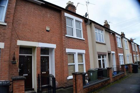 4 bedroom property to rent - Knowles Road, Gloucester