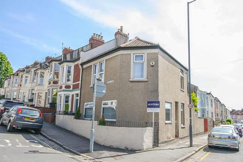 3 bedroom end of terrace house for sale - Chessel Street, Bedminster, Bristol, BS3 3DG