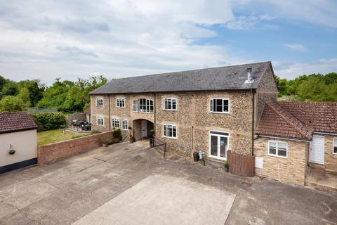 9 bedroom farm house for sale - Flint Barn, Snailwell, Newmarket CB8 7LX