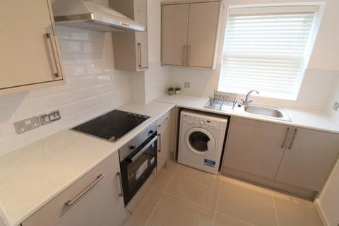 3 bedroom apartment to rent - Acorn Court,  Liverpool, L8