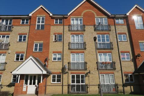 1 bedroom in a house share to rent - Joseph Hardcastle Close, New Cross
