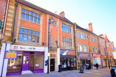 2 bedroom flat to rent - Market Street, Kettering