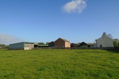 3 bedroom property with land for sale - Well Close Farm, York Road , Easingwold YO61 3EN