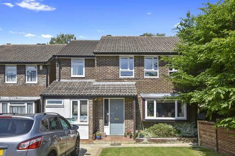 6 bedroom house for sale - Weldon Road, Marston