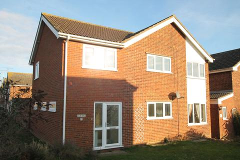 4 bedroom detached house to rent - Western Avenue, Felixstowe IP11