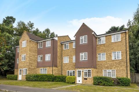 1 bedroom apartment to rent - Crofton Close,  Bracknell,  RG12