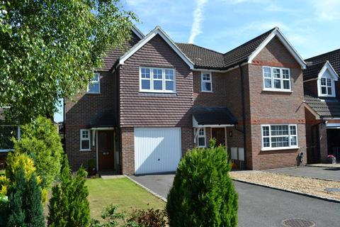 3 bedroom semi-detached house for sale - Orchard Grove, Caversham