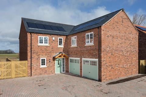 4 bedroom detached house for sale - The Laurels, Church Fenton, York