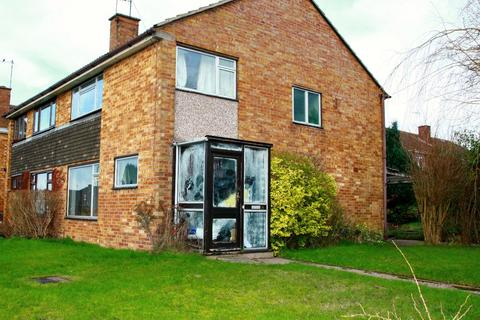 4 bedroom semi-detached house to rent - 36 Springfield Avenue