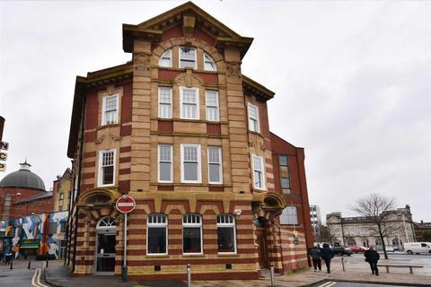 2 bedroom penthouse to rent - York Chambers, York Street, Swansea
