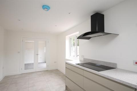 4 bedroom detached house to rent - Windhover Close, Dereham