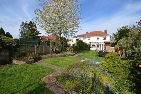 3 bedroom semi-detached house for sale - Dixon Road, Norwich
