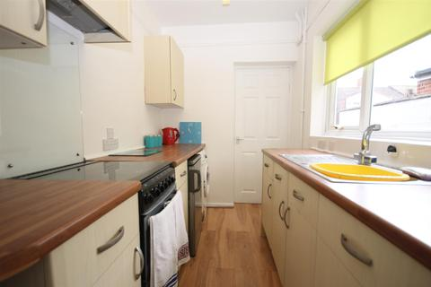 3 bedroom house to rent - Highland Road, Norwich